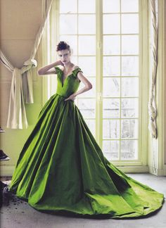 Fashion on the Couch: Editorial Vogue Ukraine April 2013 Cover Story Feat Zuzanna Bijoch By Jeff Bark Glamorous Dresses, Beautiful Dresses, Gorgeous Dress, Green Fashion, High Fashion, Women's Fashion, Style Vert, Robes Glamour, She's A Lady