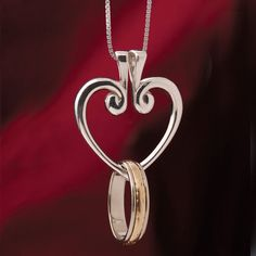 Heart Ring Pendant with Hinged Sterling Silver Heart on Box Chain Luxury Jewelry, Boho Jewelry, Jewelry Gifts, Silver Jewelry, Jewelry Accessories, Women Jewelry, Jewlery, Heart Jewelry, Jewelry Ideas