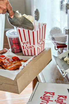 DIY food trays just like they have in the movie theater are perfect for family movie night at home. Learn how to make them right here. food tray DIY Food Trays for Family Movie Night - Tonya Staab Movie Theater Snacks, Movie Night Snacks, Night Food, Christmas Movie Night, Family Movie Night, Family Movies, Christmas Eve, Backyard Movie Nights, Outdoor Movie Nights