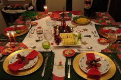 CHRISTMAS TABLE at the HOUSE in B.A.