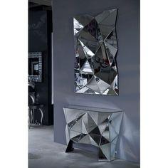 Console Prisma - KARE Design #kare #karedesign #hallway #mirror #prisma #console #glas #entrance #hall #flur #eingang #Kosnole #verspiegelt #spiegel