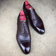 """The """"Gable"""" in Rioja hatch grain. Made to Order on the DG 70 last and shined up at 39 Savile Row. #gazianogirling #gazianoandgirling #shoeporn #madetoorder #GGGable"""