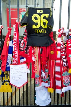 The 96 remembered: Photo special - Liverpool FC Ynwa Liverpool, Liverpool Home, Liverpool Football Club, Hillsborough Disaster, Uefa Super Cup, European Cup, You'll Never Walk Alone, Best Club, Soccer Fans