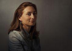 woman portrait, rembrandt light