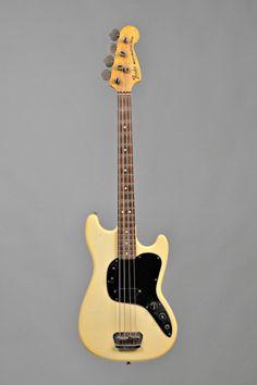 Check out fender bass guitar 4328 Fender Telecaster, Yamaha Bass Guitar, Fender Acoustic Guitar, Learn Acoustic Guitar, Fender Squier, Fender Guitars, Bass Guitars, Cool Electric Guitars, Guitars For Sale