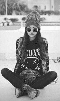 Grunge, Beanie, Round sunglasses, Nirvana