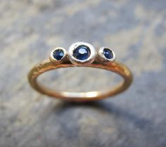 Hey, I found this really awesome Etsy listing at https://www.etsy.com/uk/listing/274645810/womens-gold-sapphire-engagement-ring