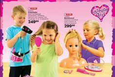 Toys 'R Us in Sweden was brave enough to try. Their 2012 holiday catalog was full of gender-neutral toys! Gender Stereotypes, Gender Roles, Toys R Us Catalogue, Gender Neutral Toys, The Swede, Toy Catalogs, Media Literacy, Top Toys, Childhood Education