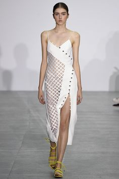 David Koma Spring 2017 ready-to-wear collection London Fashion Week Fashion Week, Fashion 2017, Runway Fashion, Trendy Fashion, Spring Fashion, High Fashion, Fashion Show, Fashion Dresses, Fashion Design