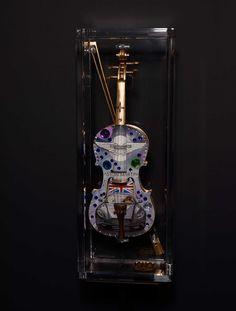 Echte italienische Geige – Handgemalt Aeston Martin  #RengglisGallery#DanieleDondé #Dondé#Erlenbach#Rapperswil#IAA #Novarca@cutnroll.ch#AestonMartin #StradivariRock#Stradivari Aston Martin, Birthday Candles, Artworks, Italy