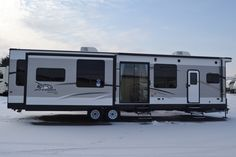 REMARKABLE TRAVEL TRAILER!!!  2016 Jayco Jay Flight Bungalow 40RLTS Reaching 40' in length, there is plenty of space and storage! A master bedroom for you with a huge wardrobe and a vanity! A hide-a-bed sofa for family or guests! A huge kitchen to cook in and a wonderful dinette to eat at! Relax in your recliner chairs or on the sofa and kick your feet up on the ottoman by the fire! Shipping weight is 10,490 pounds.  Call our Jay Flight expert Paul Gorney 989-889-1348