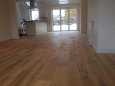 Oiled oak engineered wood floor