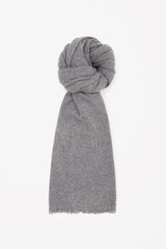 Oversized wool scarf - Grey - Hats, Scarves & Gloves - COS GB