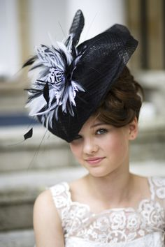 Pin By Susan Shultz On Hats Hats Fascinator Hats Crazy