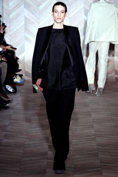 Martin Margiel Fall 2012 - Deconstructivism and tailoring