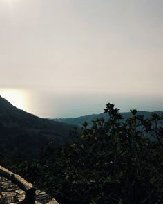 Un tramonto è per sempre. Buonanotte anime belle. #unangeloinviaggio  Edit with @vscoG3  #italy #italia #calabria #buonanotte #goodnight #vsco #vscocam #vscoitaly #landscape #landscape_lovers #landscapephotography #landscape_captures #amazing #awesome #photography #photooftheday #photo #bestoftheday #beautiful #followme #seguitemi #travel #traveling #adventure #sunset #nature #sky #foto