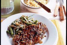 Schouderkarbonade in ketjapmarinade - Recept - Allerhande Asian Recipes, Ethnic Recipes, Yummy Food, Tasty, Japchae, Creme, Slow Cooker, Bbq, Dinner Recipes