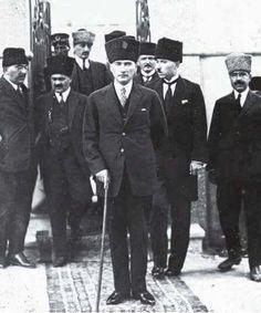ATATÜRK Turkish Army, The Turk, Person Of Interest, Great Leaders, The Republic, World History, Historian, Muslim, Che Guevara
