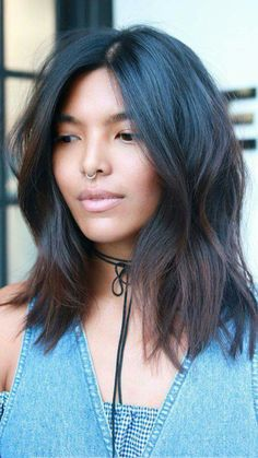 What to ask for: A mid-length cut with subtle, soft layers.