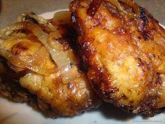 Ингредиенты:   ●500 г печени,  ●лук,  ●два яйца,  ●соль, перец, мука , раст. масло для жарки.   Приготовление:   Печень нарезаем на...