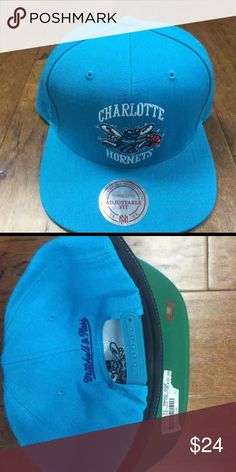 Charlotte hornets SnapBack one size fits all Charlotte hornets SnapBack one size fits all Mitchell & Ness Accessories Hats