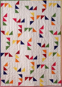 Triangle Maze quilt pattern. $9.00, via Etsy.