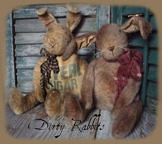 Primitive E-PATTERN Very Dirty Rabbits Bunny Dolls Vintage Style PDF - pinned by pin4etsy.com
