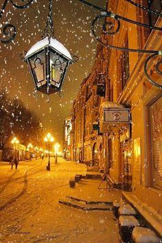 Noche Moscú nevando