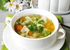 Овощной суп с зеленым горошком и цветной капустой