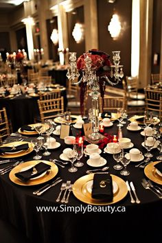 Delightful Gold Red And Black Decoration | Real Weddings   Marilena And Tony At The  Americana Conference
