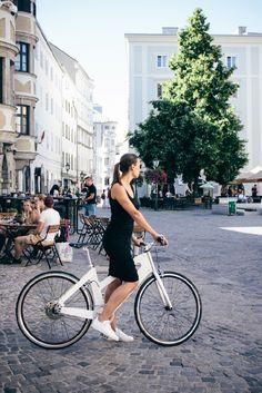 Bicycle, Street View, Lady, Bike, Bicycle Kick, Bicycles