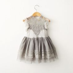 Lovely and ABSOLUTELY perfect! #GreyLaceDress modernechild.com