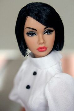 """W Club Exclusive Poppy Parker, """"The Girl From I.N.T.E.G.R.I.T.Y."""