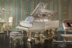 Classic Piano - Top and Best Italian Classic Furniture Piano Y Violin, Piano Room, Piano Music, Classic Furniture, Luxury Furniture, Italian Furniture, Furniture Online, Quality Furniture, Versailles