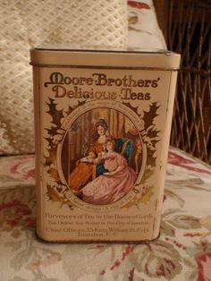 Items similar to Moore Brothers' Delicious Teas Vintage Tea Tin for Jane Austen and Friends on Etsy Vintage Tins, Vintage Party, Vintage Stuff, Deco Retro, Vintage Packaging, Tea Tins, Tea Box, Tea Caddy, Teapots And Cups
