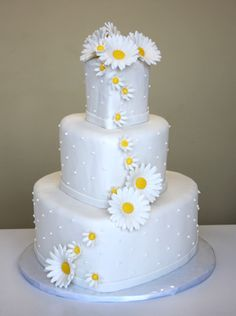 wedding-cake-marguerites