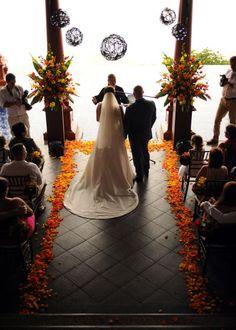Weddings Costa Rica - wedding ceremony