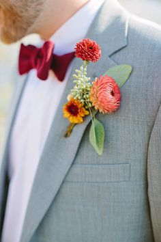 we ❤ this!  moncheribridals.com   #groomsuits #boutonnieres
