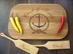 handgefertigtes Schneidebrett, individualisierbar // handmade cutting board, individualized by Meister Algis via DaWanda.com