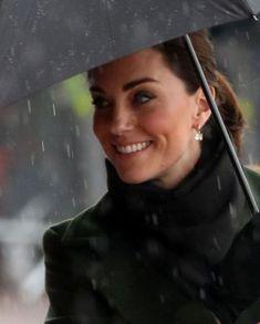 Queen Kate, Queen Elizabeth, Princess Charlotte, Princess Kate, William Kate, Prince William, British Royal Families, Duke Of Cambridge, Herzog
