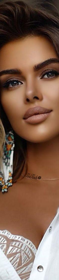 Most Beautiful Faces, Gorgeous Women, Payton List, Woman Face, Girl Face, Mind Body Spirit, Brunette Beauty, Love And Light, Feminine Style