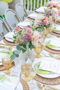 Held a lovely brunch featuring Zespri SunGold Kiwifruit with some of my favourite mama friends. Brunch Party Decorations, Wedding Decorations, Table Decorations, Brunch Table Setting, Table Settings, Brunch Mesa, Girls Luncheon, Dinner Party Table, Dinner Ware
