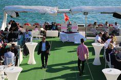 Birbirinden şık davet teknelerimiz de.. Düğün, Nişan, Kına Gecesi ve Nikah Sonrası Eğlence organizasyonları..   https://www.bogazdagezi.net/teknede-dugun