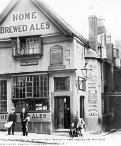 Old Postern Gate Inn, Middle Pavement, Nottingham, c 1895 Nottingham Pubs, Sign Writing, Uk Photos, Alcoholic Beverages, England Uk, Pavement, Family History, Places To See, Derby