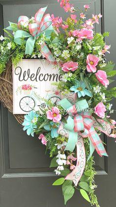 Christmas Wreaths For Front Door, Summer Door Wreaths, Easter Wreaths, Holiday Wreaths, Mesh Wreaths, Diy Wreath, Grapevine Wreath, Initial Wreath, Wreath Ideas