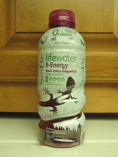 Do diet beverages do the trick. http://www.how-to-lose-weight-in-a-week.net/diet-drinks.html SoBe Lifewater B-energy
