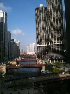 chicago wacker st Chicago Illinois, Trip Advisor, Skyscraper, Michigan, Multi Story Building, Spaces, Travel, Skyscrapers, Viajes