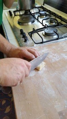 Tagliatelle fatte in casa! Tagliate a mano! Bellissima domenica in famiglia! Pasta verde al basilico! #brontolinasosweet #cucinaconme #lacucinadisilvia #followme #chefincucina #cucinaperpassione