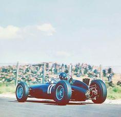 1962 Dutch GP, Zandvoort : Graham Hill in BRM P57 would take his first win in world championship (ph: en.espn.co.uk)