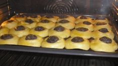 Baking Cupcakes, Cupcake Cakes, Fun Cooking, Cooking Recipes, Sour Cream Coffee Cake, Novelty Birthday Cakes, Czech Recipes, Dessert Recipes, Desserts